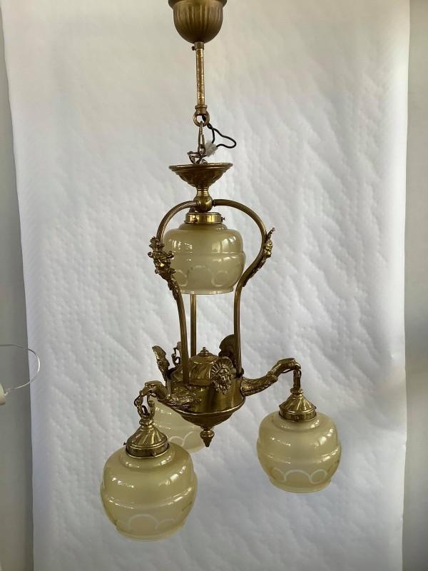 Antieke koperen hanglamp met 4 glazen kappen