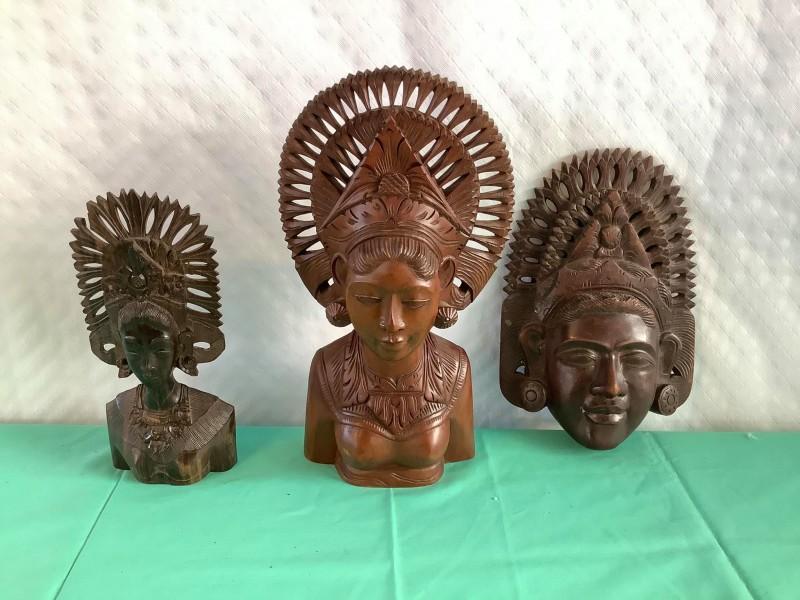 3 Balinese houten figuren