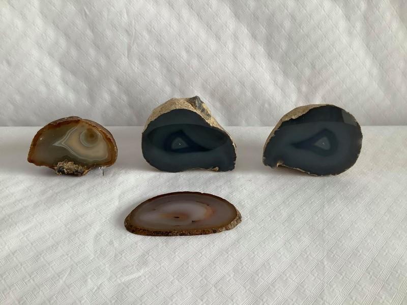 Lot van 4 mineralen