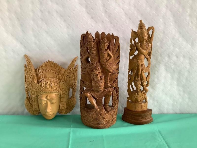 3 Balinese houtsnijwerkjes