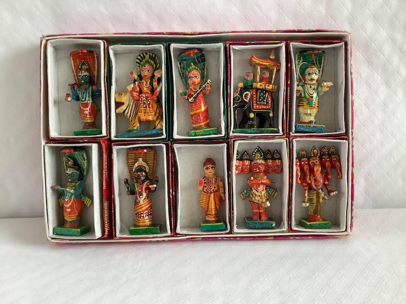 Handgeschilderde houten Kondapalli beeldjes