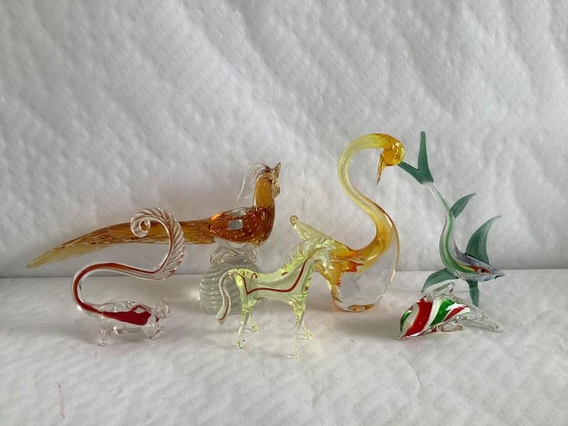 Lot van 6 glazen dieren
