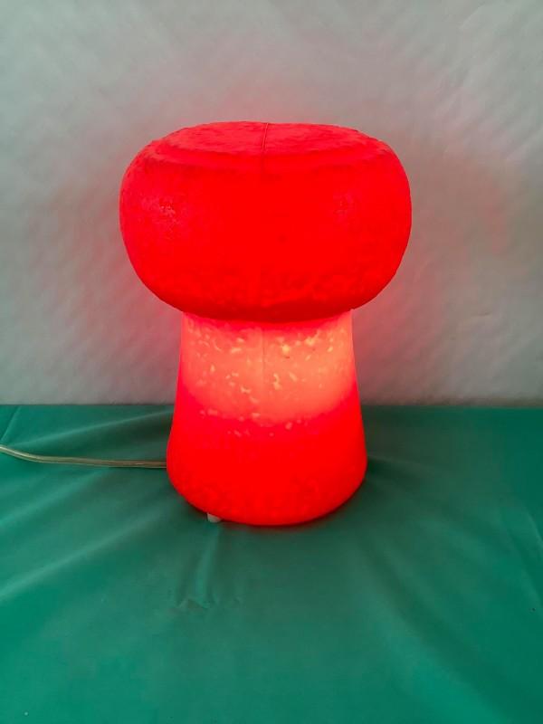 "Rode tafellamp ""Petit Bouchon"""