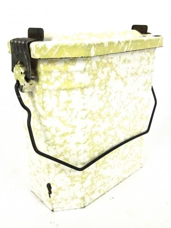 Vintage geëmailleerde lunch-box