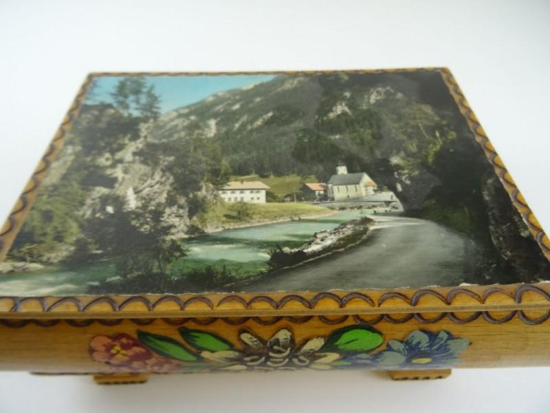 Vintage Houten bewaardoos - Tirol