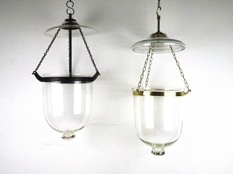 2 Vintage glazen hangstolpen