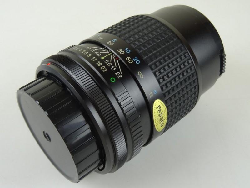 Lens Tokina  SL- 135 135 mm F -2.8