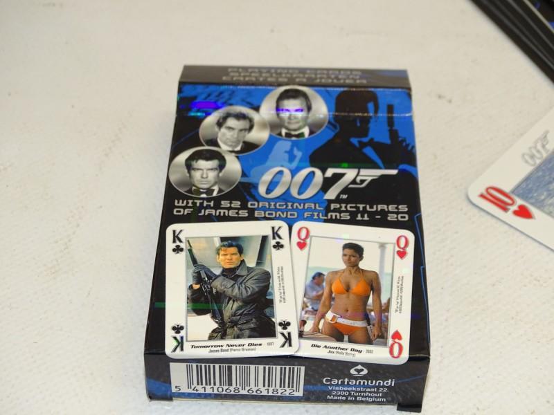 Speelkaarten: James Bond / 007, Cartamundi, 2004
