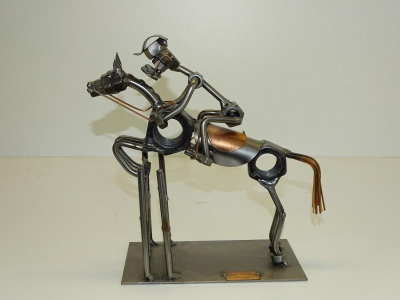 Hinz Und Kunst Beeldje: Jockey / Paardrijden