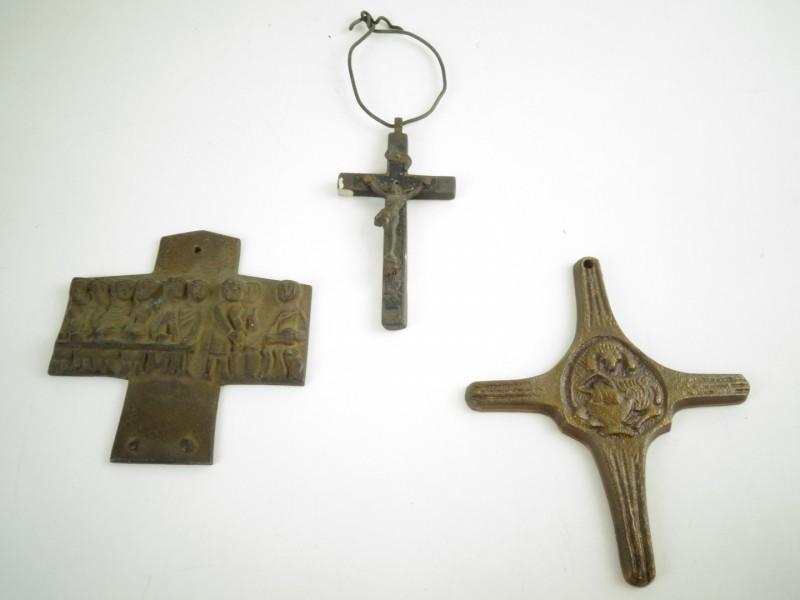 3 kruisjes