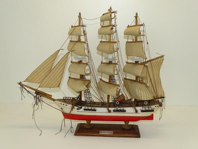 "Modelboot 19de Eeuwse ""Clipper"""