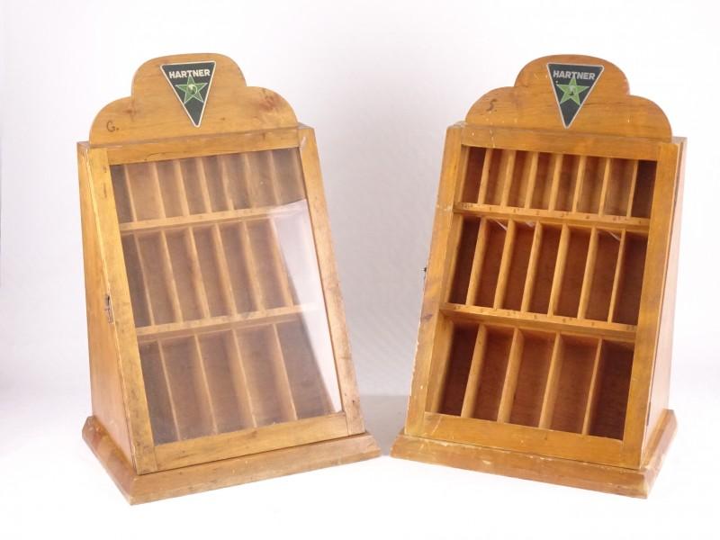 2 vintage kasten om boren in te bewaren. (52cm hoog.)