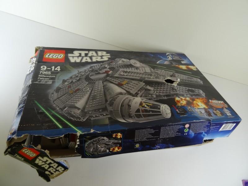 Lego 7965 - Millennium Falcon - Star Wars