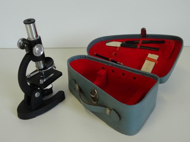 HOC kleine microscoop
