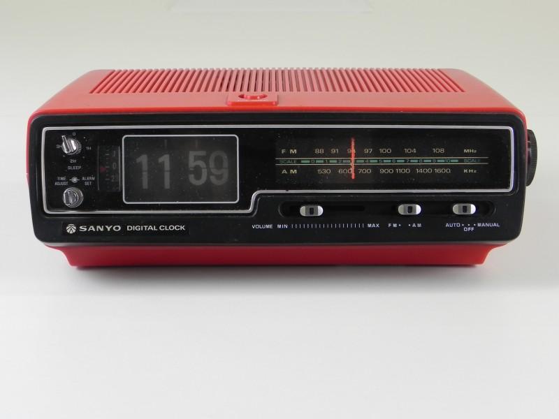 Vintage SANYO Digital Clock -getest!