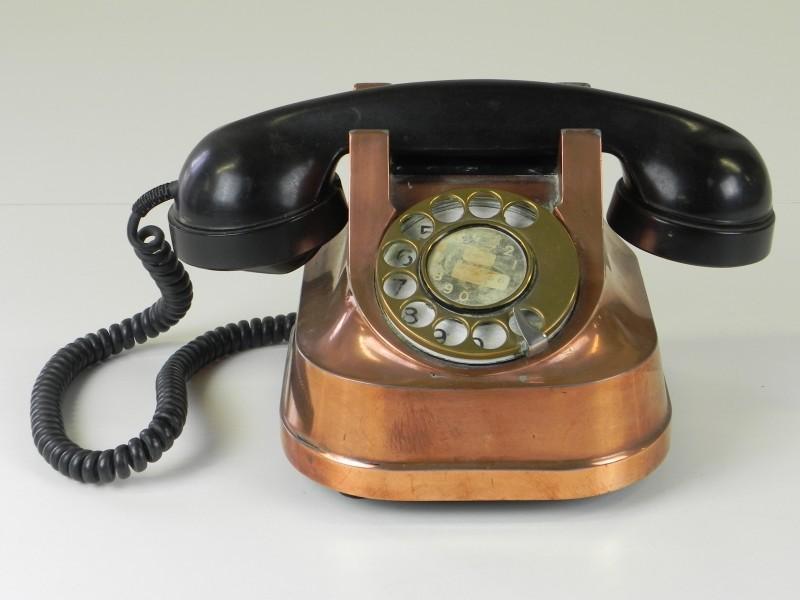 RTT-56 B oude telefoon