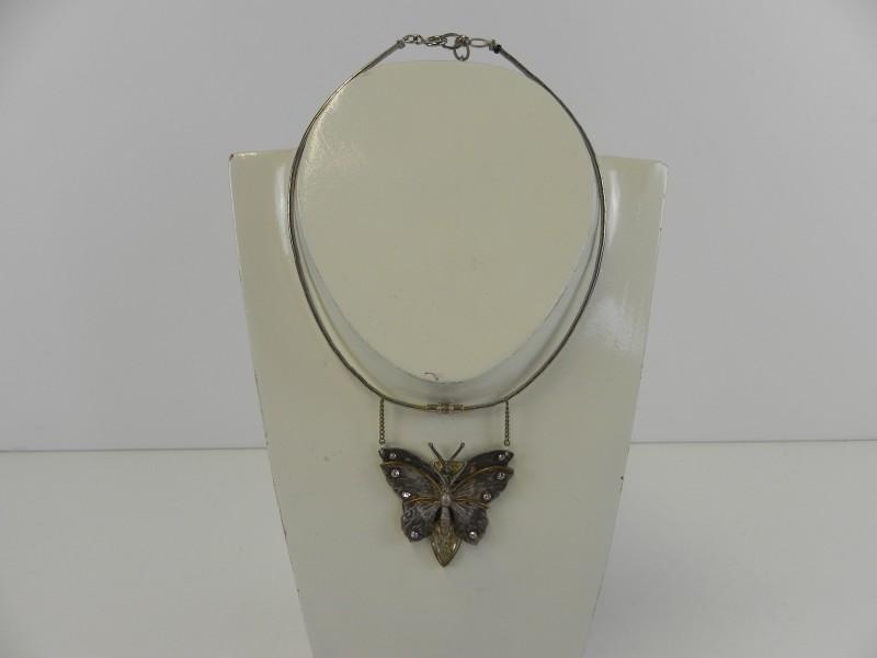 LANGINI halsketting met vlinder