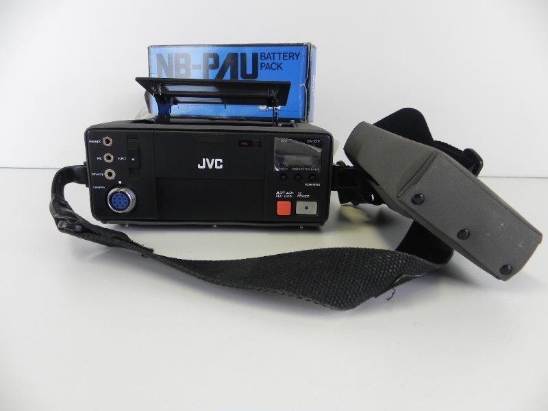 JVC HR C3 Compact VCR Video Cassette Recorder