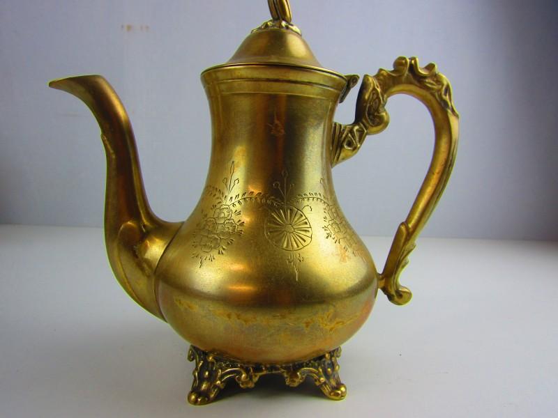 Koperkleurige Koffie- Of Theekan
