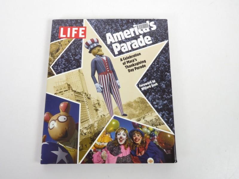 Boek - America's parade