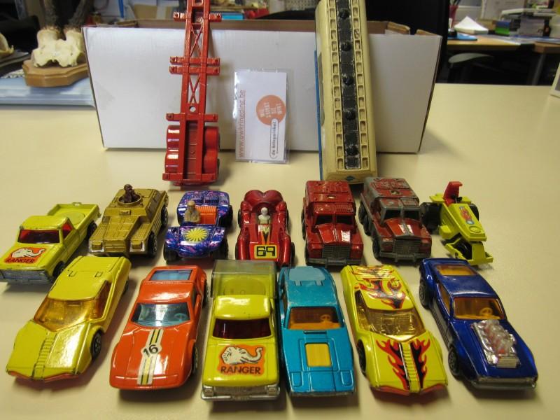 Lot van vijftien auto's - Matchbox - jaren 1973