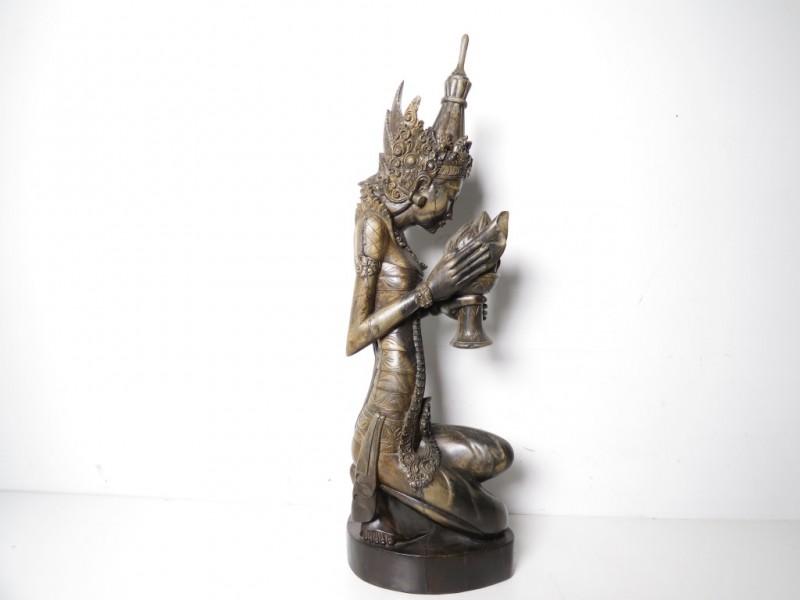 Houten Aziatisch beeld