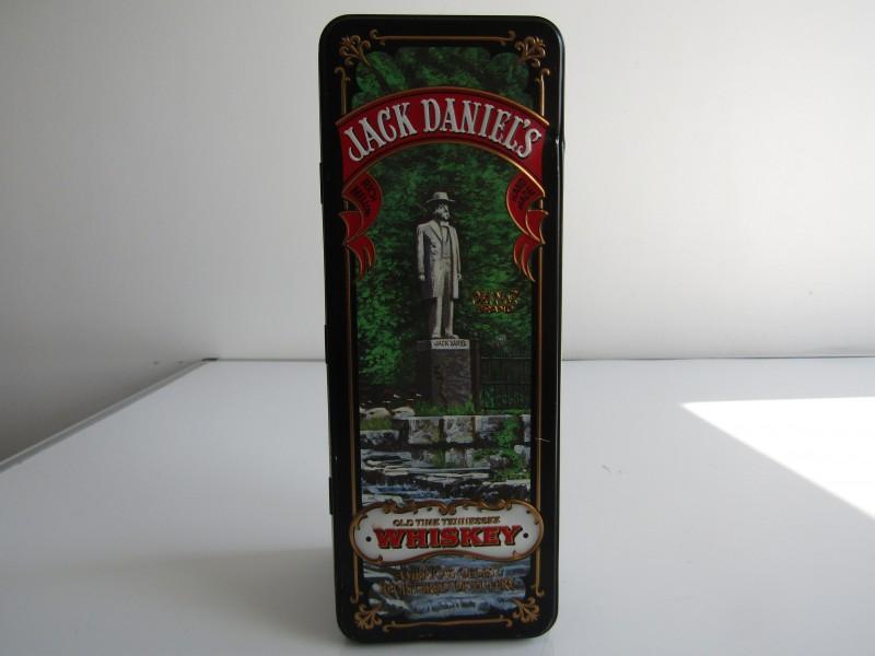 Blikken Doos: Jack Daniel's Whiskey, Standbeeld, USA