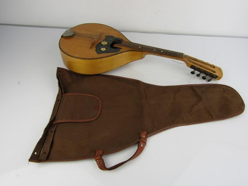 Oude Mandoline