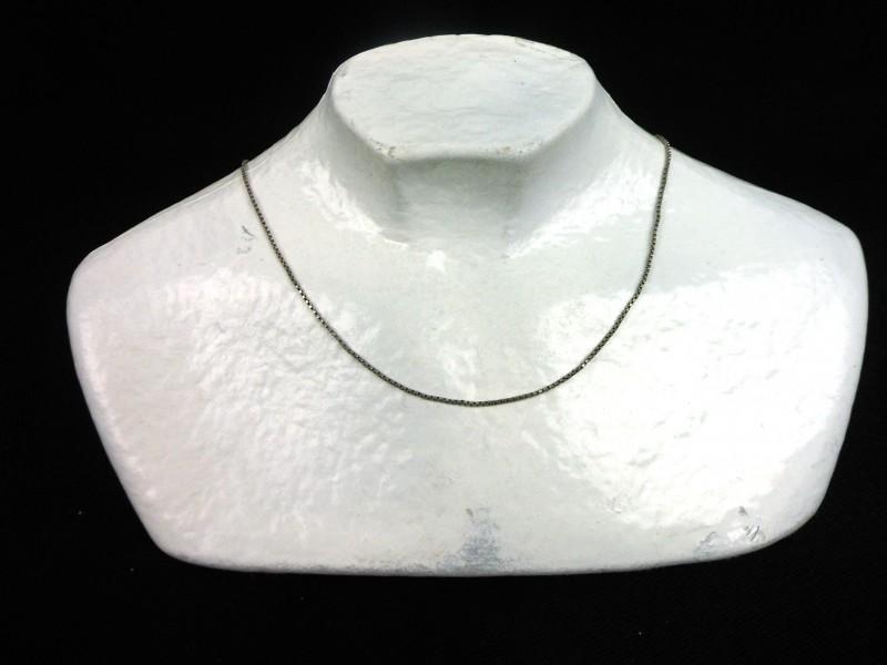 Zilveren halssnoer (D)