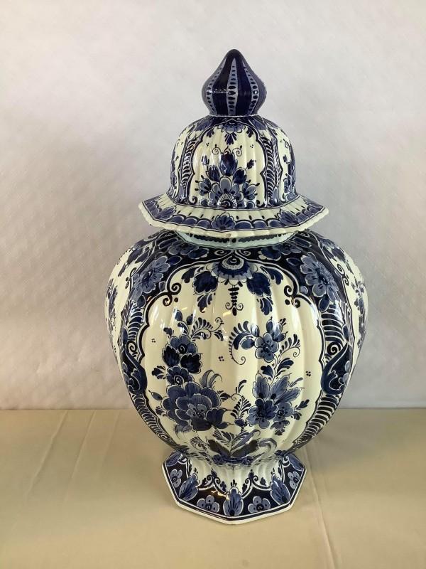 Delftsblauwe vaas met deksel