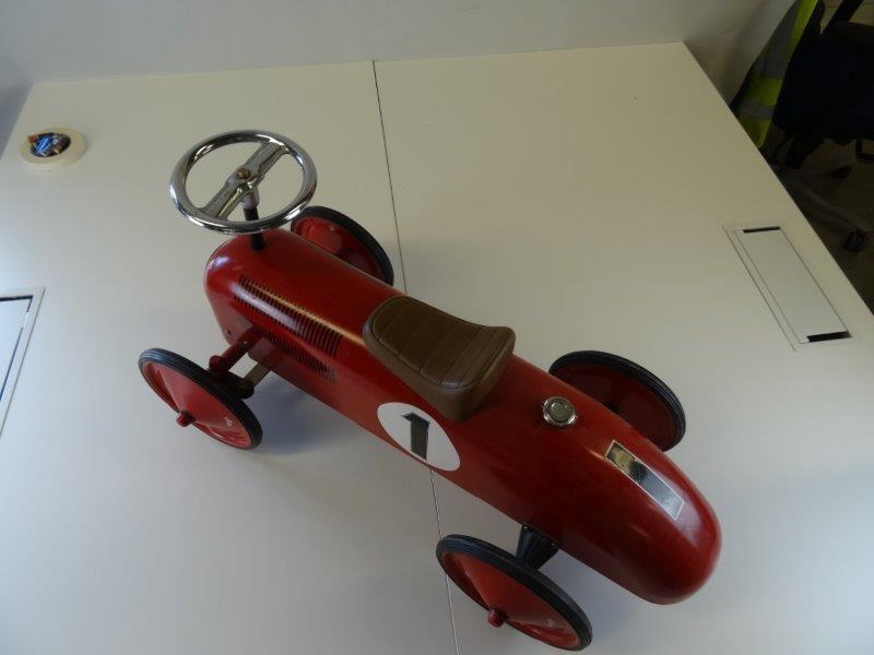 Vilac - retro loopauto racemodel - brandweerrood