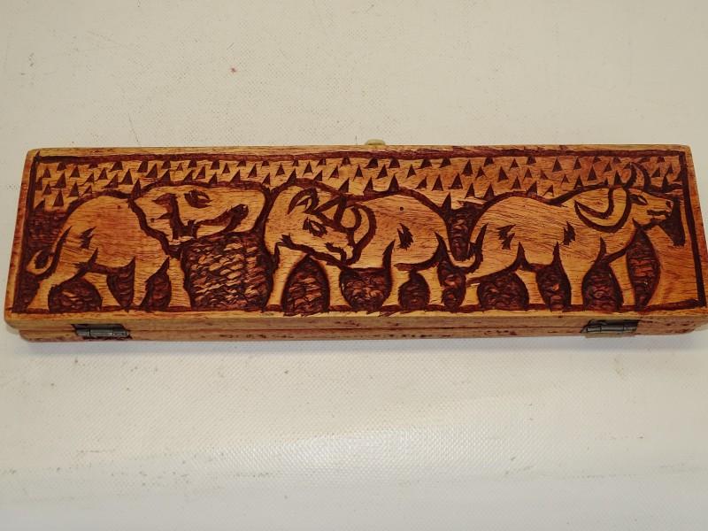 Handgemaakt Bordspel: Bao, Oost-Afrika