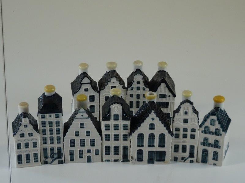 11 Delfts Blauwe Bols / KLM huisjes