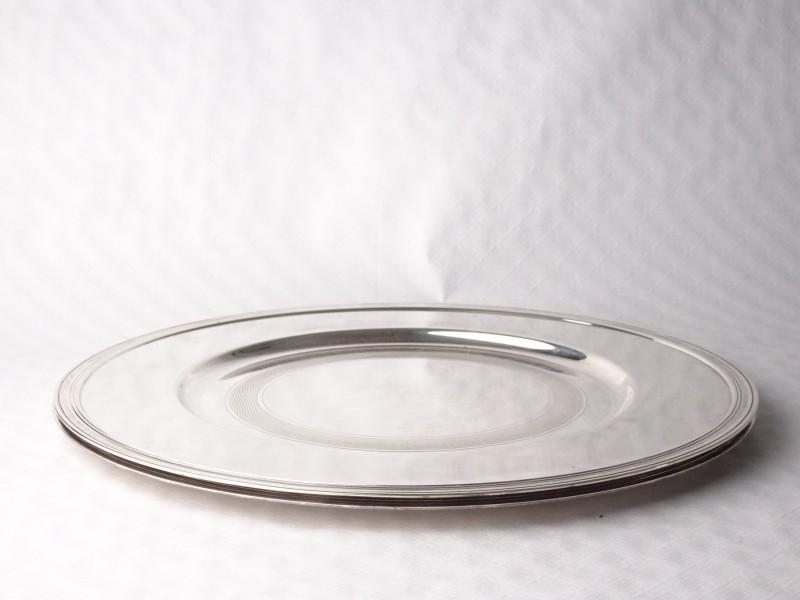 2 zwaar verzilverde borden ø30cm gestempeld Christofle.