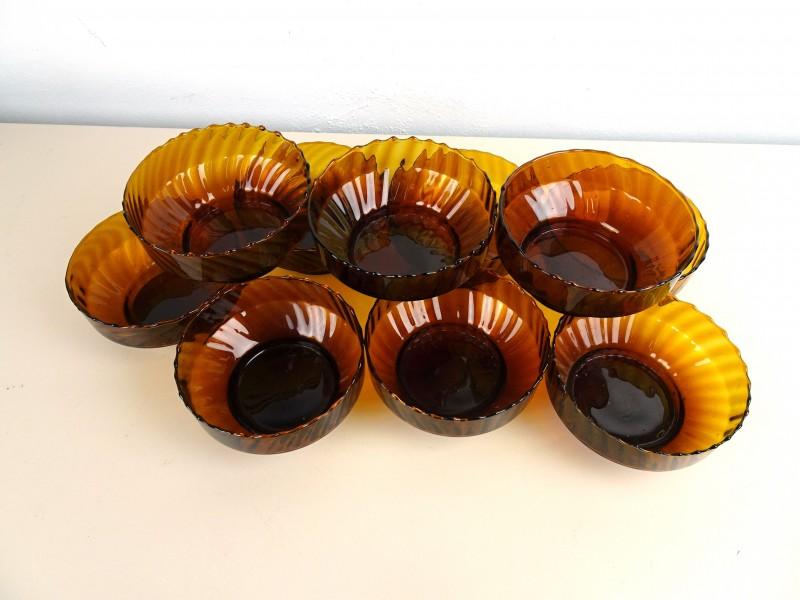 9 Bruin glazen kommetjes
