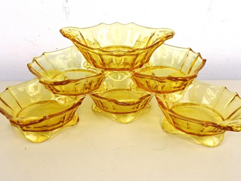 6 Glazen kommetjes (Persglas)