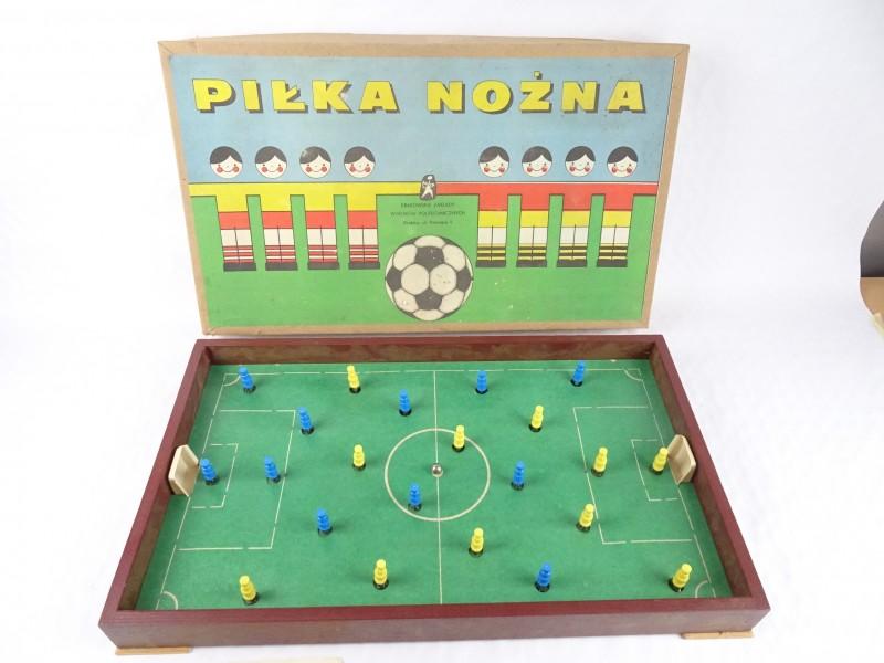 Vintage voetbalspel. (Jaren '70.) Van Poolse makelij. Pilka Nozna Krakpol