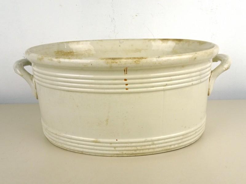 Vintage aardewerk kuip (MAESTRICHT 1918)