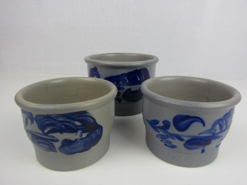 Keuls aardewerk, 3 Potten