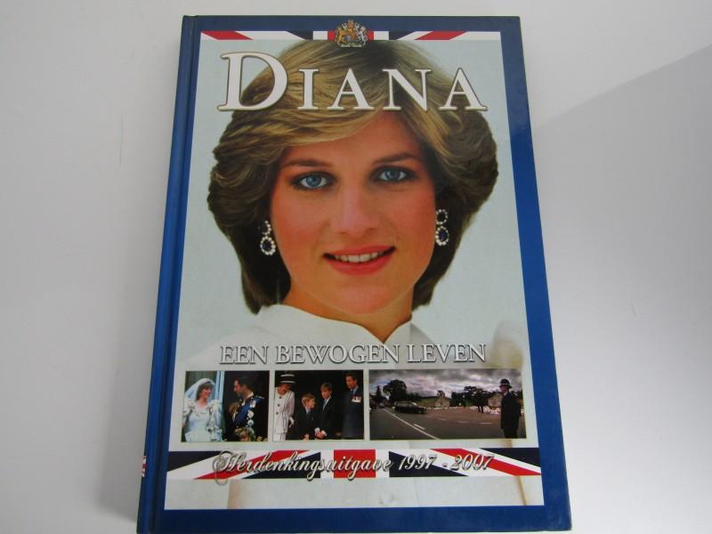 Boek: Diana, Een Bewogen Leven, Herdenkingsuitgave 1997-2007