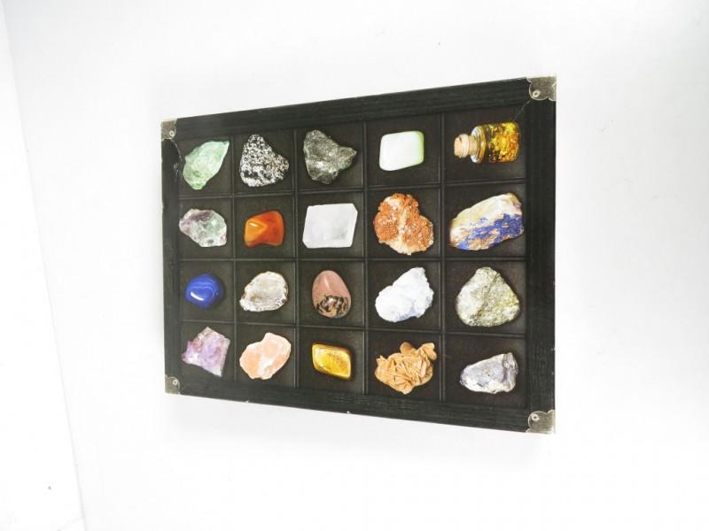 Verzameling mineralen en edelstenen