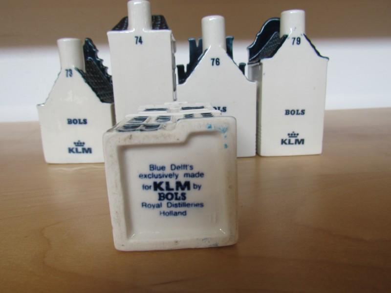 Lot 8: vijf huisjes KLM - Bols jenever