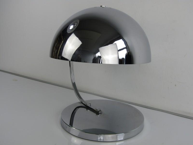 Retro Design Tafellamp: Chroom