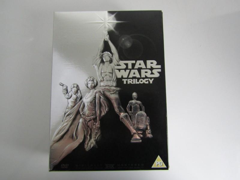 DVD-box / 4 x DVD: Star Wars Trilogy, 2004