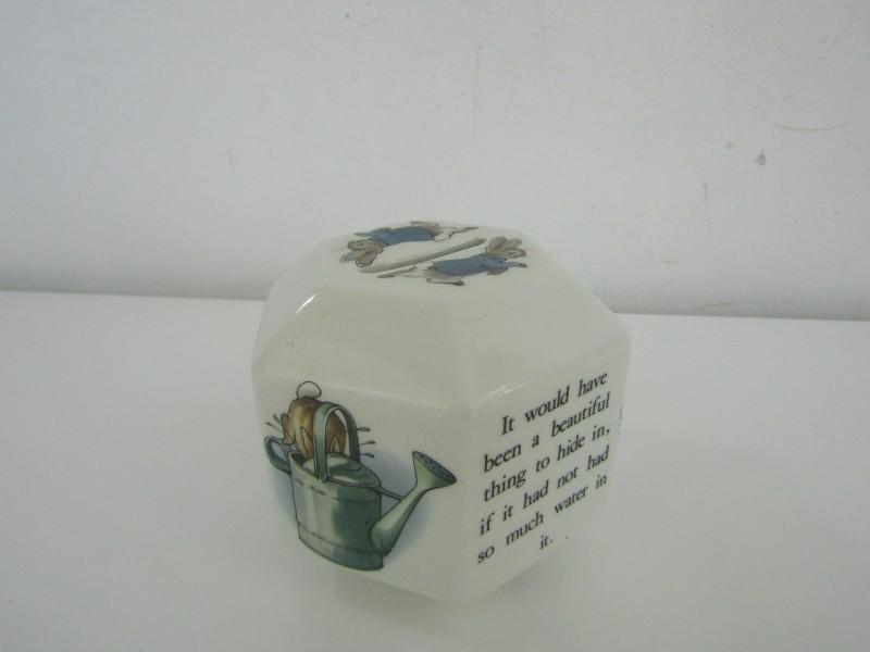 Porseleinen Spaarpot: Peter Rabbit / Wedgwood, England