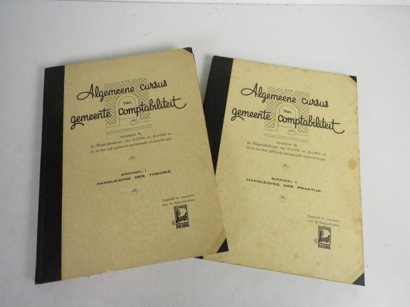Boek - Algemene cursus van gemeente comptabiliteit deel 1 en 2