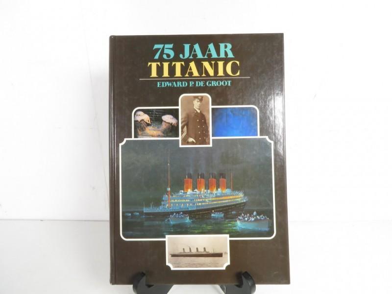 Boek - 75 jaar Titanic
