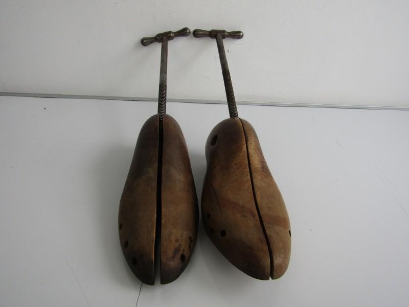 Oude Schoenspanners (2stuks)