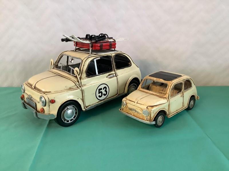 2 blikken decoratieve auto's: Fiat
