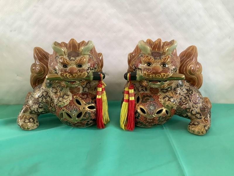2 Japanse handgeschilderde Foo Dogs